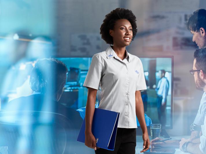 Uniformes femininos: design e segurança